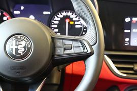2020款 阿尔法·罗密欧 Giulia 2.0T 280HP 黯夜魅影限量版