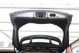 2021款丰田C-HR  2.0L CVT 豪华版