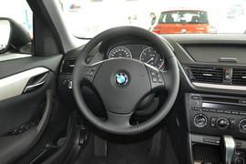 2013款宝马X1 sDrive18i时尚型