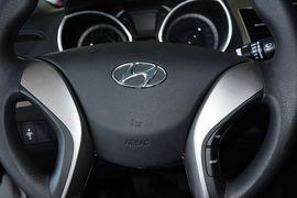 2012款现代朗动1.6L GLX手动领先型