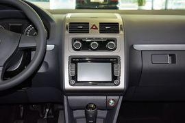 2013款大众途安1.4T手动舒适版5座