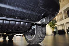 2014款Jeep指南者2.4L四驱豪华版