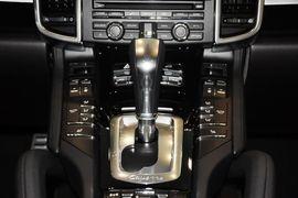 2014款保时捷Cayenne 3.0 Platinum Edition
