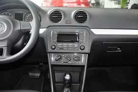 2013款大众捷达1.6L自动舒适型