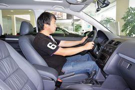 2015款大众途安1.4T自动舒适版5座
