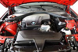 2013款宝马3系GT 320i风尚设计套装