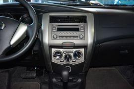 2013款日产骊威劲锐版1.6XV CVT豪华型