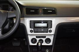 2013款大众朗逸1.6L改款自动风尚版