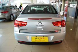 2013款雪铁龙世嘉三厢1.6L手动品尚型