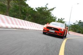 试驾全新福特Mustang