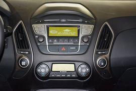 2015款现代ix35 2.0L自动两驱智能型 国V