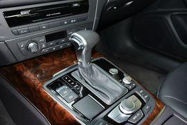 2014款奥迪A6L 30FSI舒适型