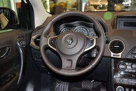 2014款雷诺科雷傲2.5L四驱舒适版