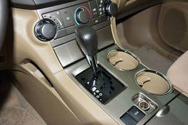 2012款丰田汉兰达2.7L两驱5座精英版