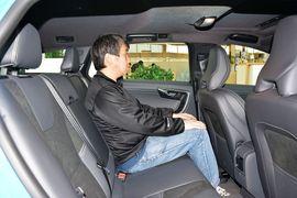2015款沃尔沃V60 2.0T T5智逸个性运动版到店实