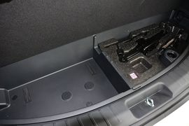 2013款现代格锐3.0L 7座豪华版