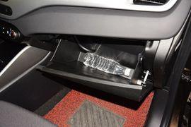 2013款起亚新佳乐2.0L 5座自动标准版 京V到店实拍