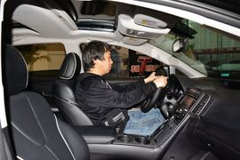 2013款丰田威飒2.7L两驱至尊版到店实拍