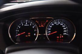 2013款日产骊威1.6XE CVT舒适型