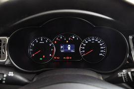 2013款起亚新佳乐2.0L 7座自动标准版 京V