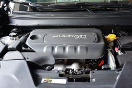2014款Jeep自由光2.4L豪华版