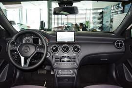 2015款奔驰A180
