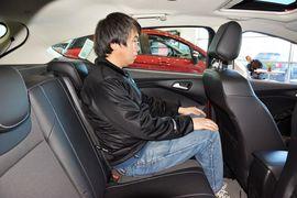 2013款福特嘉年华两厢1.5L自动时尚型