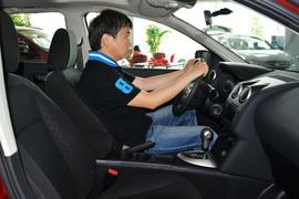 2015款日产逍客2.0XV 酷雷 CVT两驱