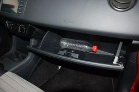 2014款铃木雨燕1.3L手动标准型