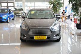 2015款福特福睿斯1.5L手动时尚型