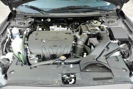 2015款三菱翼神1.8L CVT致尚型 国IV