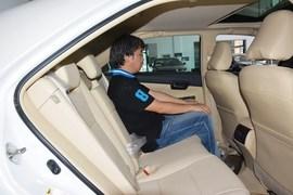 2015款丰田凯美瑞Hybrid 2.5HG豪华导航版实拍