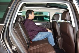 2012款大众迈腾旅行车2.0TSI DSG豪华版实拍