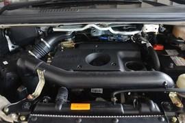 2015款东风风行菱智M5 Q7 2.0L 7座长轴豪华型