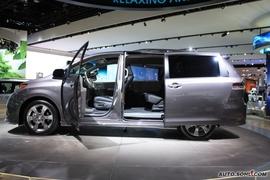 2010款丰田新Sienna北美车展实拍