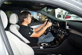 2015款奔驰C200运动版 4MATIC