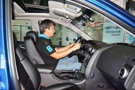 2014款双龙爱腾2.0T四驱自动豪华柴油版到店实拍