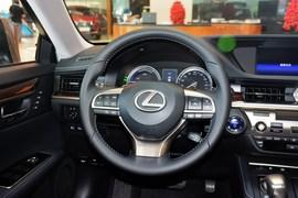 2015款雷克萨斯ES300h豪华版