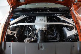 2015款阿斯顿马丁V8 Vantage Coupe
