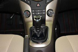 2015款雪佛兰科鲁兹1.5 SL手动经典版