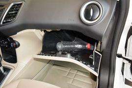 2013款福特嘉年华三厢1.5自动品尚型到店实拍