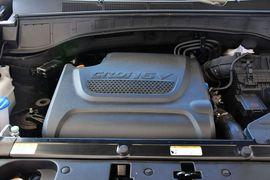 2013款现代格锐2.2T 7座四驱舒适版