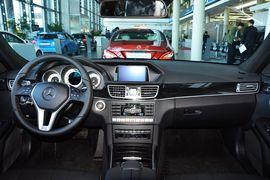 2015款奔驰E400L运动豪华型 4MATIC
