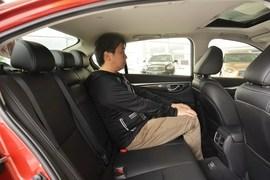 2014款英菲尼迪Q50 2.0T舒适版