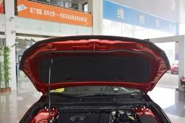 2016款马自达昂克赛拉两厢2.0L自动运动型