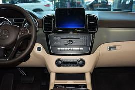 2015款奔驰GLE320 4MATIC