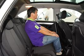 2015款宝马218i Active Tourer运动设计套装