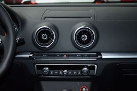 2015款奥迪A3 Sportback 自动舒适型