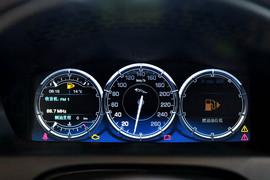 2015款捷豹XJL 2.0T两驱典雅商务版