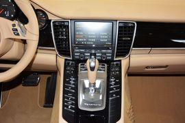 2014款保时捷Panamera 4 3.0T